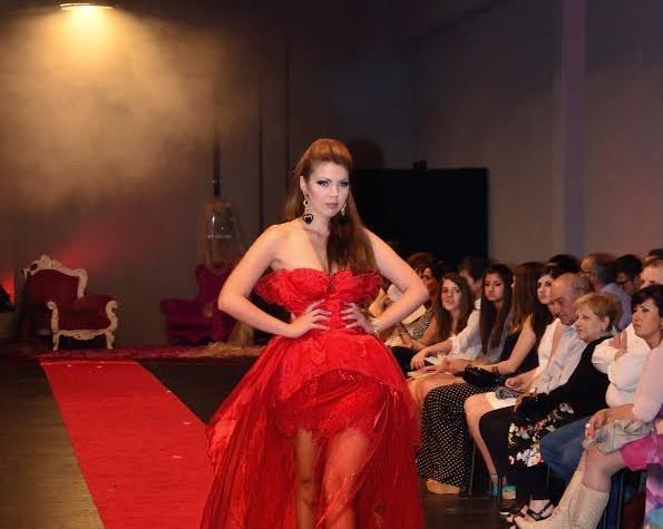 Maria Sophia Palmieri: basta essere vittime di bellezza